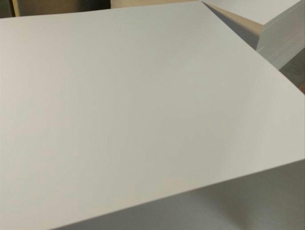 Kegunaan kertas ivory