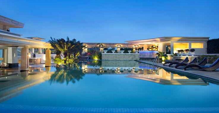 5+ Hotel Staycation Terbaik di Indonesia 6